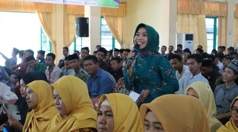 In Picture: Seminar Nasional FTIK IAIN Palangka Raya