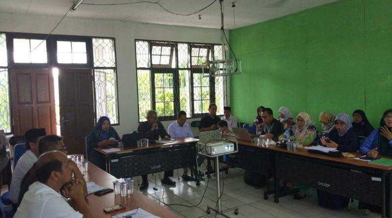 FTIK Adakan Rapat Evaluasi Program Kerja