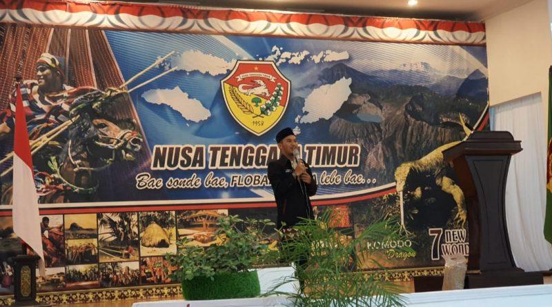 Limbah Cangkang Kepiting Menjadi Pakan Ternak: Kontribusi IAIN Palangka Raya dalam KKN 3 T NTT