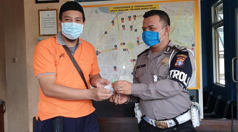 Jurusan PMIPA FTIK IAIN Palangka Raya Berbagi HandSanitizer